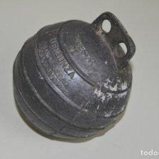 Antigüedades: ANTIGUA BOYA DE ALUMINIO - SUCESOR DE M.ENSUNZA - ERANDIO BILBAO - PESCA. Lote 221131316