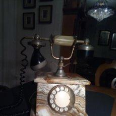 Teléfonos: TELÉFONO ANTIGUO DE ONIX, CON CLAVIJA. SE ADMITEN OFERTAS.. Lote 221266787