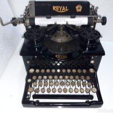 Antigüedades: ANTIGUA MAQUINA DE ESCRIBIR TYPEWRITER ROYAL 12. Lote 221283517