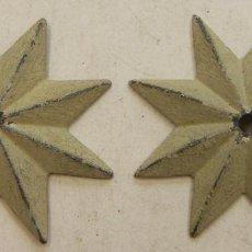 Antigüedades: 2 ESTRELLAS DE LATÓN PARA DECORACION DE MUEBLES. Lote 221289991