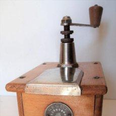 Antigüedades: MOLINILLO DE CAFÉ MARCA GESTO. MODELO STANDARD. ALEMANIA. CA. 1922/1940.. Lote 221300191