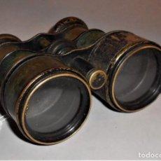 Antigüedades: ANTIGUO PRISMATICO BINOCULAR DE BRONCE. Lote 221542015