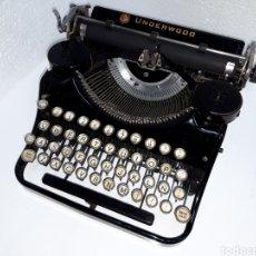 Antigüedades: ANTIGUA MAQUINA DE ESCRIBIR TYPEWRITER UNDERWOOD PORTABLE. Lote 221646701