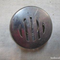 Antigüedades: ANTIGUA MIRILLA DE PUERTA EN ALUMINIO HACIA 1950 SIN USO, COMPLETA, EXCELENTE, VER FOTOS + INFO. Lote 213172432