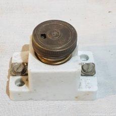 Antigüedades: ANTIGUO FUSIBLE BJC PORCELANQ. Lote 221800646