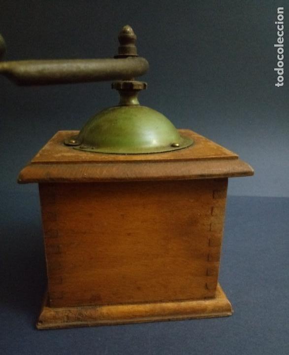 Antigüedades: ANTIGUO MOLINILLO DE CAFÉ - MARCA ELMA - MADERA Y METAL - 12 x 10 CMS - Foto 12 - 221867908