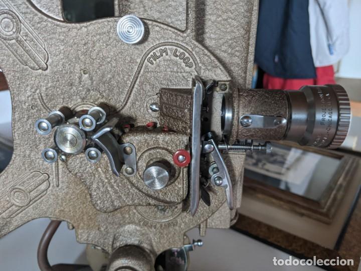 Antigüedades: 1940 PROYECTOR KEYSTONE MODELO BELMONT K-161 IMPECABLE - 16 MM - BOSTON - ESTADOS UNIDOS - Foto 3 - 221895183