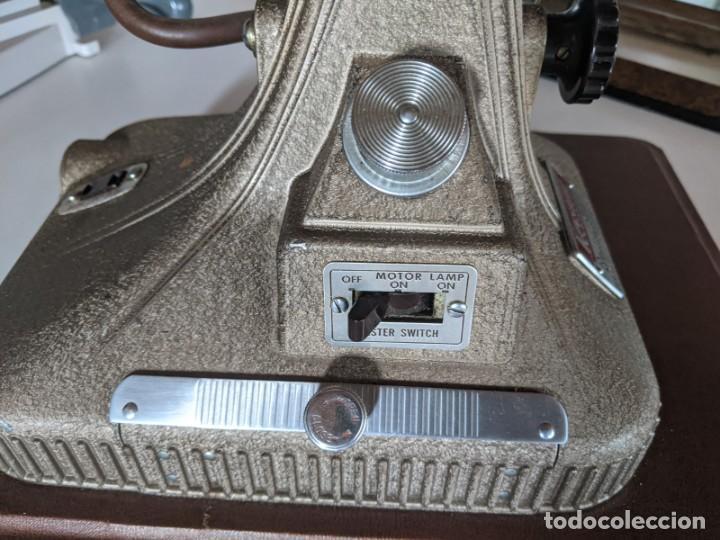 Antigüedades: 1940 PROYECTOR KEYSTONE MODELO BELMONT K-161 IMPECABLE - 16 MM - BOSTON - ESTADOS UNIDOS - Foto 4 - 221895183