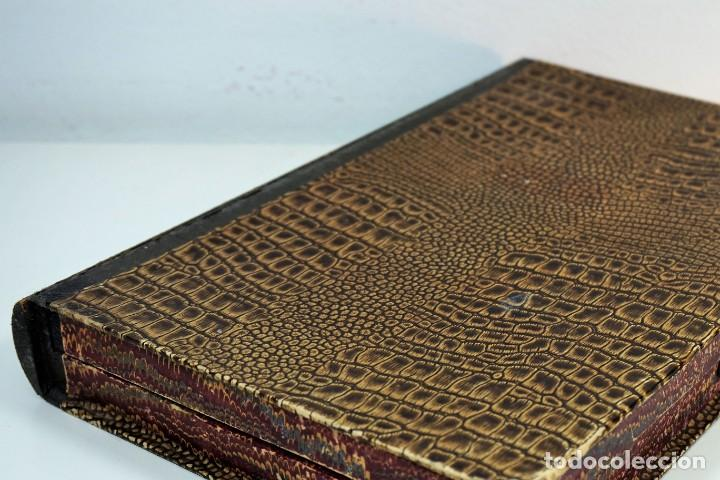 Antigüedades: ANTIGUA CAJA PARA PREPARACIONES MICROSCOPICAS c.1900 - Foto 2 - 221944628