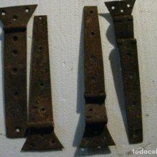 Antigüedades: ANTUGUAS BISABRAS DE HIERRO DOS SENSILLAS Y DOS DE DOBLES. Lote 222011715