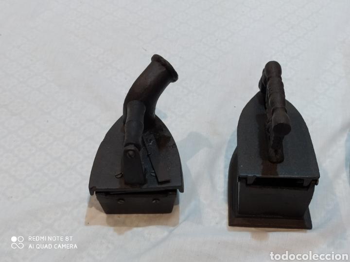 Antigüedades: Precioso lote de 3 planchas de carbón - Foto 11 - 222026406