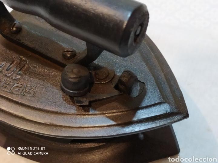Antigüedades: Interesante plancha de carbón - Foto 8 - 222042543