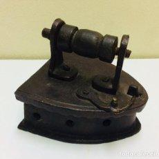 Antigüedades: PLANCHA DE CARBON PEQUEÑO TAMAÑO. S. XIX.. Lote 222073702