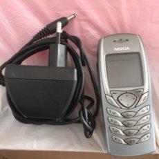 Teléfonos: TELEFONO NOKIA CON BATERIA ,CARGADOR Y AURICULARES. Lote 222074220