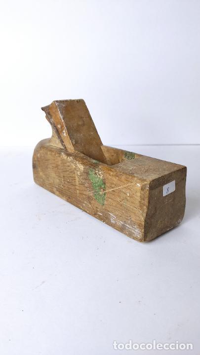ANTIGUO GARLOPIN DE MADERA CON CUCHILLA. 19 CM. 0,618 KG. (Antigüedades - Técnicas - Herramientas Profesionales - Carpintería )