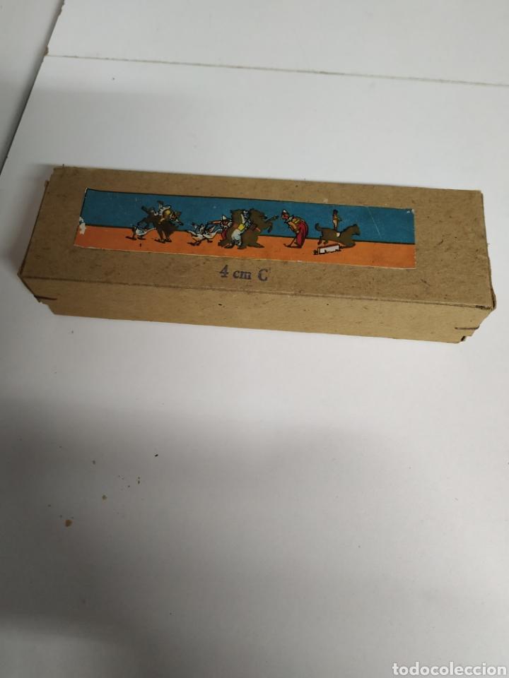 Antigüedades: Caja con 12 cristales linterna mágica - Foto 2 - 222158246