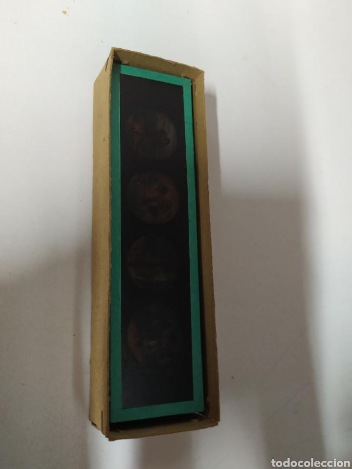 Antigüedades: Caja con 12 cristales linterna mágica - Foto 5 - 222158246
