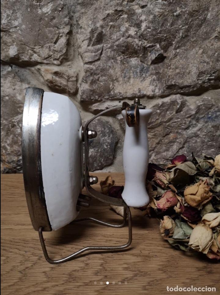 Antigüedades: Plancha antigua de porcelana - Foto 3 - 222194276