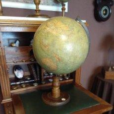 Antigüedades: GRAN GLOBO TERRAQUEO (TERRESTRE) BOLA DEL MUNDO OTTO HERKT DE 1908. Lote 222236433
