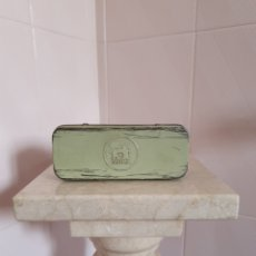 Antigüedades: CAJITA DE CHAPA DE MÁQUINA DE COSER SIGMA. Lote 222243233