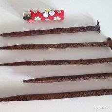 Antigüedades: LOTE DE CLAVOS ANTIGUOS DE GRAN TAMAÑO. Lote 222269485