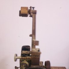 Oggetti Antichi: PROYECTOR CINE GRAUMONT 36MM. Lote 222269600