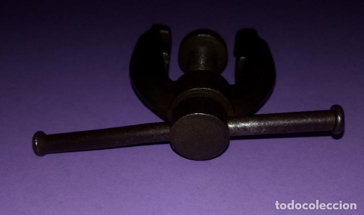 Antigüedades: ANTIGUO EXTRACTOR DE RODAMIENTOS - 8.5 x 6 CMS - Foto 5 - 222306652