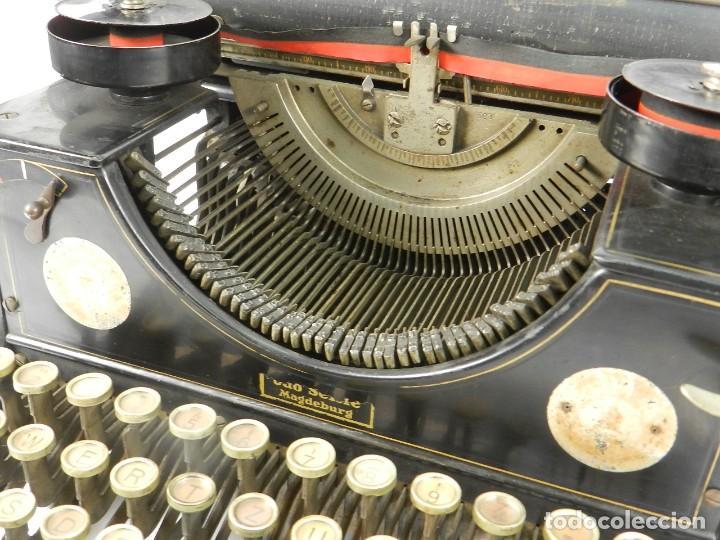 Antigüedades: MAQUINA DE ESCRIBIR TRIUMPH Nº1 1909 TYPEWRITER SCHREIBMASCHINE A ECRIRE - Foto 5 - 222335077