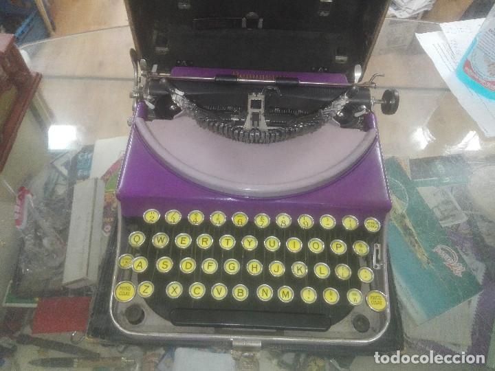 RARA -- PRECIOSA MAQUINA ESCRIBIR PORTATIL REMINGTON PORTATIL MORADA AÑOS 20 (Antigüedades - Técnicas - Máquinas de Escribir Antiguas - Remington)
