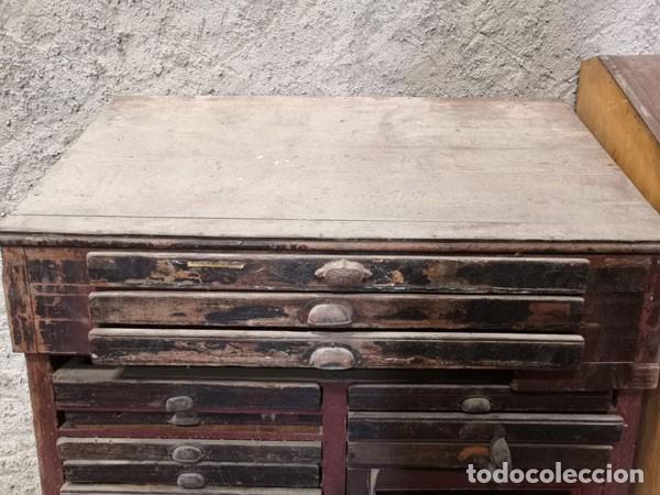 Antigüedades: CHIBALETE - CAJONERA - MUEBLE DE IMPRENTA CON CAJONES - Foto 3 - 222356535