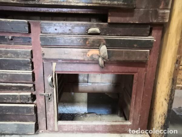 Antigüedades: CHIBALETE - CAJONERA - MUEBLE DE IMPRENTA CON CAJONES - Foto 5 - 222356535