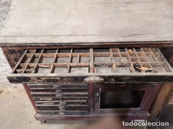 Antigüedades: CHIBALETE - CAJONERA - MUEBLE DE IMPRENTA CON CAJONES - Foto 7 - 222356535