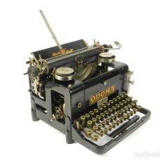 Antigüedades: RARA MAQUINA DE ESCRIBIR ODOMA AÑO 1923 TYPEWRITER SCHREIBMASCHINE A ECRIRE. Lote 222386427
