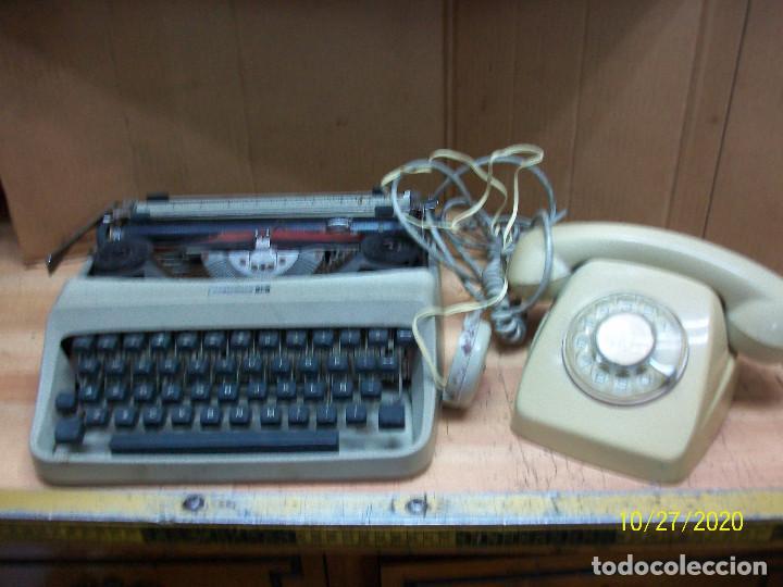 LOTE DE MAQUINA DE ESCRIBIR-UNDERWOOD-MODELO 18 MAS TELEFONO (Antigüedades - Técnicas - Máquinas de Escribir Antiguas - Otras)