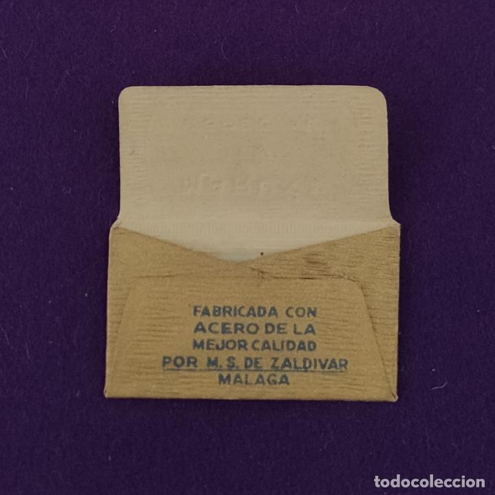 Antigüedades: FUNDA Y HOJA DE HOJA DE CUCHILLA DE AFEITAR ANTIGUA. MARUXA ESPECIAL FILO ANCHO. - Foto 2 - 237324885