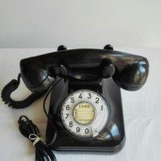 Teléfonos: ANTIGUO TELÉFONO DE BAQUELITA DE SOBREMESA.. Lote 222529922