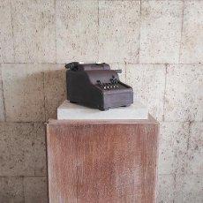 Antigüedades: MÁQUINA REGISTRADORA ANTIGUA. Lote 222547251