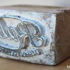 Antigüedades: ANTIGUO SELLO PARA MARCAR - RUBI MARCA REGISTRADA - MADERA Y METAL - CREO QUE PARA JABÓN. Lote 222577328