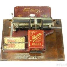 Antigüedades: MAQUINA DE ESCRIBIR MIGNON Nº2 COLOR ROJO RED TYPEWRITER SCHREIBMASCHINE ECRIRE. Lote 222590305