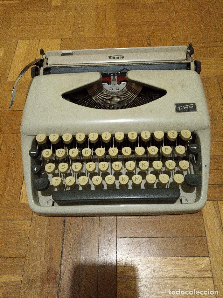 MÁQUINA DE ESCRIBIR TRIUMPH TIPPA 1 (Antigüedades - Técnicas - Máquinas de Escribir Antiguas - Otras)