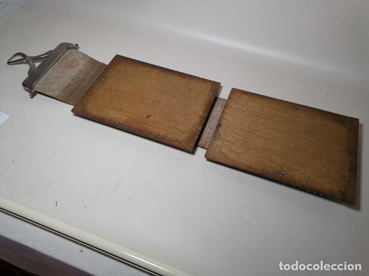 Antigüedades: ANTIGUA PRENSA DE ROBLE CUERO Y BRONCE PARA LIBROS ..FLORES -PORTATIL -siglo XIX-PARIS - Foto 14 - 222598363