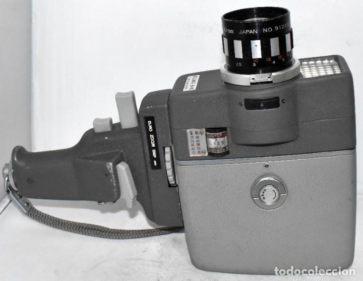 Antigüedades: EXCELENTE Y RARA CAMARA DE CINE A CUERDA..8mm..ELMO 8 S ZOOM AUTO EYE+..MUY BUEN ESTADO..FUNCIONA - Foto 5 - 222598596
