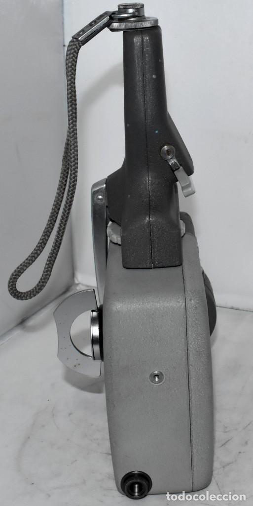 Antigüedades: EXCELENTE Y RARA CAMARA DE CINE A CUERDA..8mm..ELMO 8 S ZOOM AUTO EYE+..MUY BUEN ESTADO..FUNCIONA - Foto 14 - 222598596