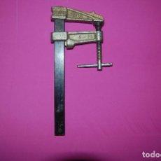 Antigüedades: SARGENTO, GATO DE CARPINTERO PIHER. Lote 222605963