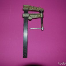 Antigüedades: SARGENTO, GATO DE CARPINTERO PIHER. Lote 222606036