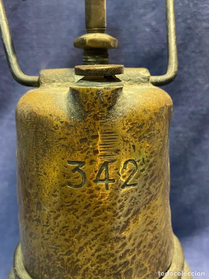 Antigüedades: lampara carburo minero mineria mina francia fin s xix ppio xx bronce hierro ver fotos 21x10cms - Foto 2 - 222622797