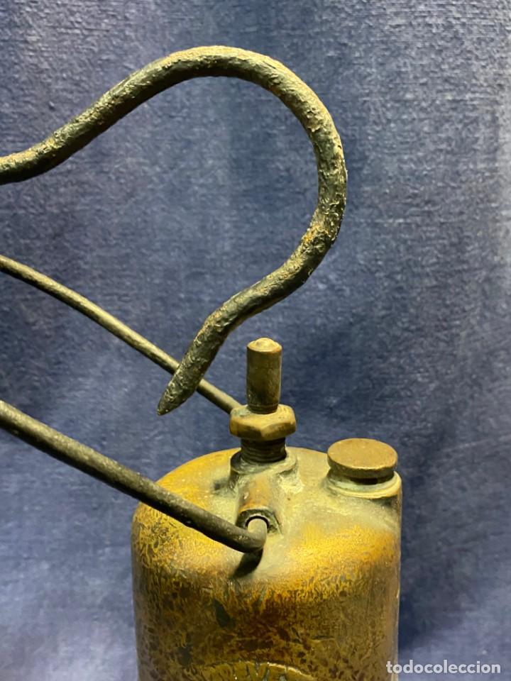 Antigüedades: lampara carburo minero mineria mina francia fin s xix ppio xx bronce hierro ver fotos 21x10cms - Foto 4 - 222622797