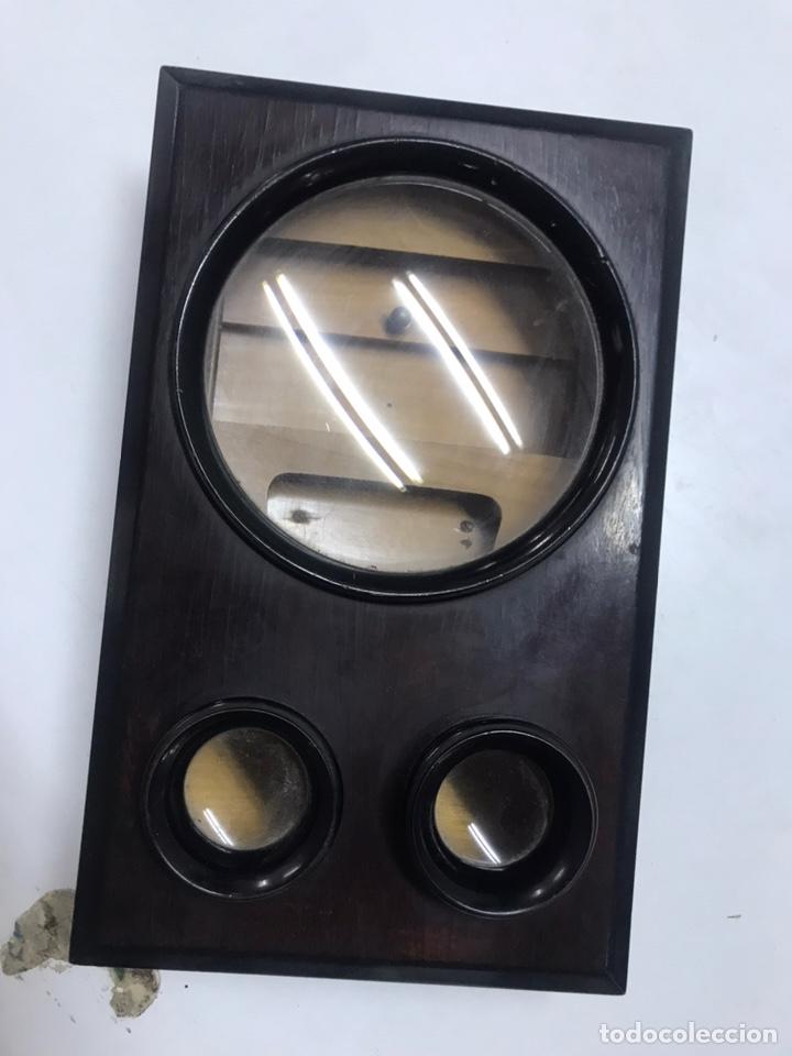 PRECIOSA LUPA DE SOBREMESA DE CAOBA CON PARTE BINOCULAR (Antigüedades - Técnicas - Instrumentos Ópticos - Lupas Antiguas)