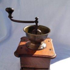 Antigüedades: MOLINILLO DE CAFE ANTIGUO MADERA Y METALICO (ENVIO PENINS MENS GRATIS). Lote 222456580