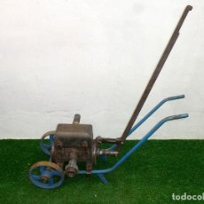 Antigüedades: BOMBA DE VINO ANTIGUA. V. VILA CLOSA - BARCELONA.. Lote 222709167